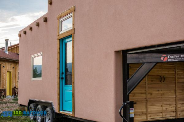 Adobe-Tiny-House-by-Mitchcraft-003-600x400