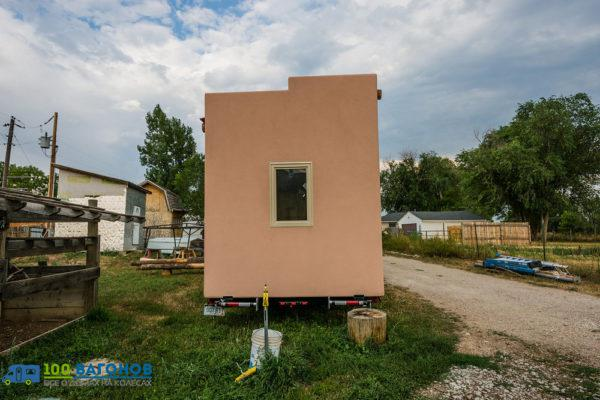 Adobe-Tiny-House-by-Mitchcraft-007-600x400