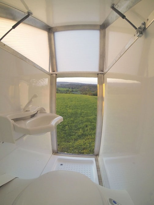 bath2go-camper-bathroom-2